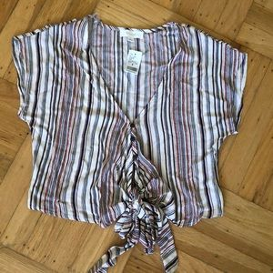 Tops - New striped top with buttons and ties in the front